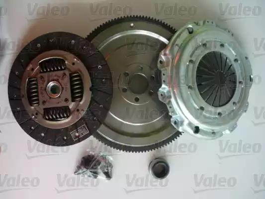 FLYWHEEL AND CLUTCH KIT WITH ALL BOLTS FOR A PEUGEOT 307 ESTATE 1.6 HDI 110